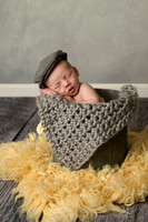 Ladd newborn session